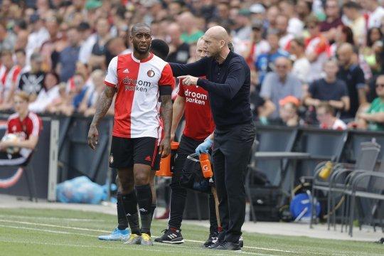 Derby Rotterdam pekan pembuka berakhir imbang 2-2