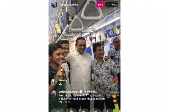 """Gubernur Anies """"live"""" Instagram pantau layanan MRT"""