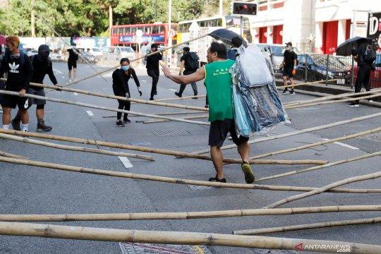 Pemimpin Hong Kong dituntut kembalikan kekuasaan kepada rakyat