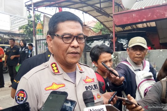 Polisi periksa rekaman CCTV pelemparan bom molotov kantor DPP Golkar