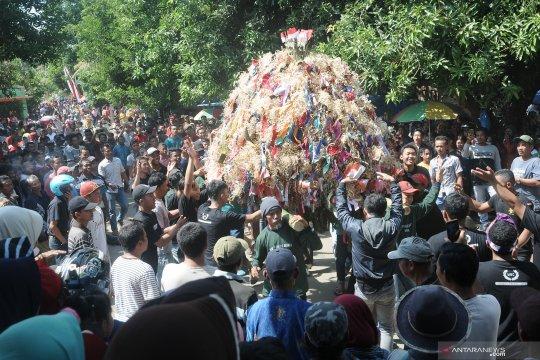 Tradisi Jembul Tulakan Jepara