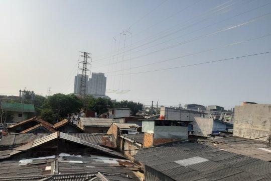 Kualitas udara Pegadungan Kamis pagi terburuk di Jakarta