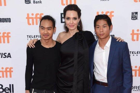 Anak tertua Angelina Jolie pilih kuliah di Korea Selatan