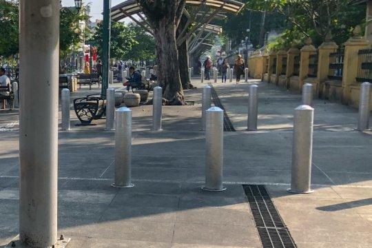 Pekerjaan revitalisasi pedestrian Sudirman mulai bongkar trotoar