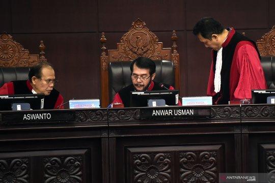 Sidang Pileg, MK gugurkan permohonan Ketua Adat Lagopo