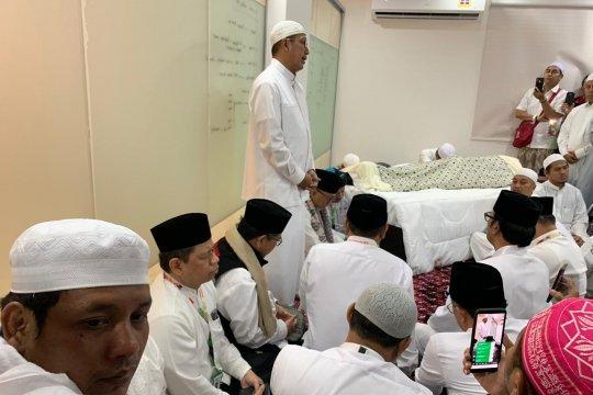 Amirul Hajj ajak jamaah antar Mbah Moen dengan ikhlas
