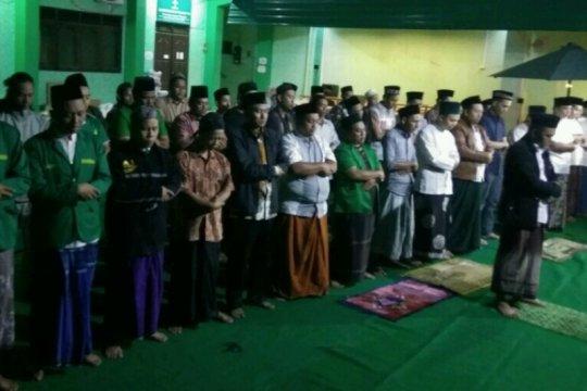 PWNU-Ansor Jateng gelar shalat gaib untuk KH Maimoen Zubair