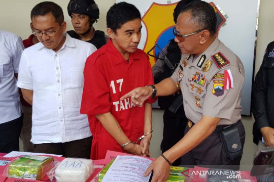 Polisi limpahkan kasus sabu-sabu delapan kg ke Kejari Semarang