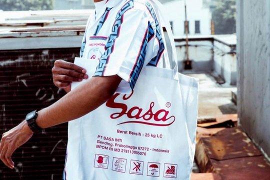 Buat fesyen unik, Sasa kolaborasi dengan The Goods Dept