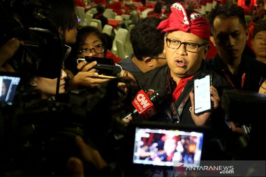 Soal Menteri, Hasto: Seluruh pengurus DPP siap di bidangnya