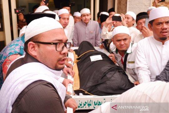 Ngalap berkah Mbah Moen di Mekkah