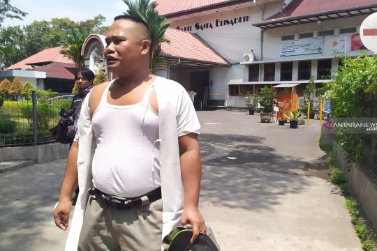 Petugas Satpol PP Medan dipukul besi dan disiram air cabai