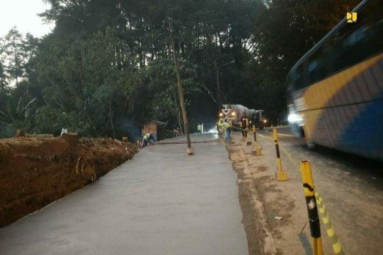 Penanganan jalur Puncak-Bogor ditargetkan rampung 2020