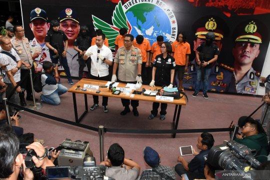 Polisi bekuk 5 pemasok sabu-sabu Nunung