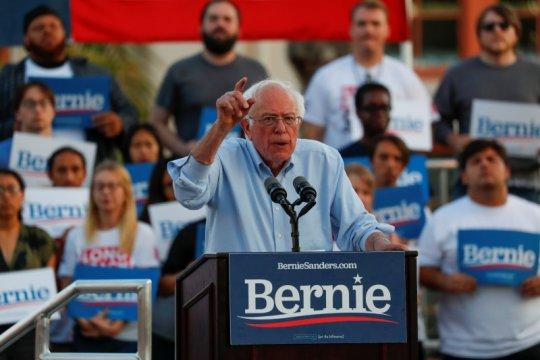 Capres AS Bernie Sanders alami serangan jantung