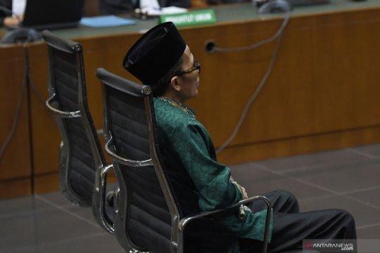 Hakim: KPK harus kembalikan uang disita di ruang kerja Lukman Hakim