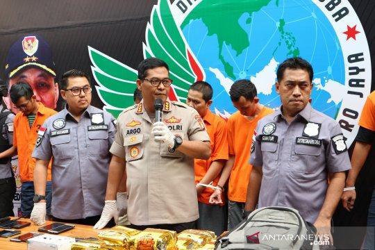 "Polda Metro Jaya gagalkan penyelundupan 10 kilogram ""shabu-shabu"""