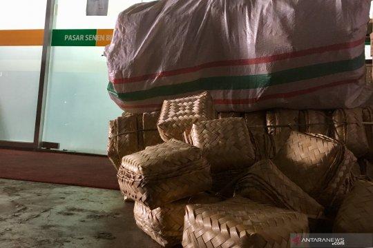 Pengelola Pasar Senen siapkan 875 besek bambu gratis untuk kurban