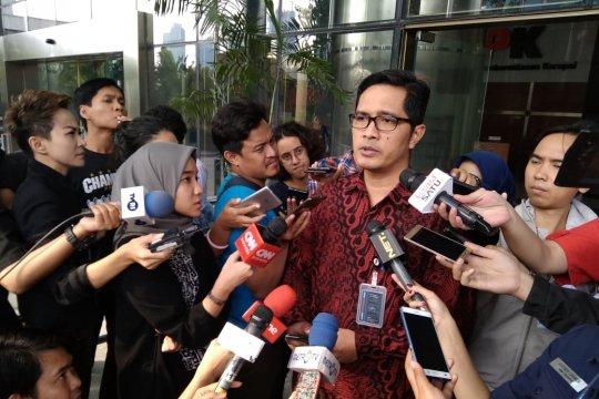 """KPK: Suap untuk anggota Komisi VI DPR gunakan """"money changer"""""""