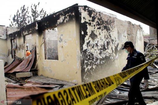 Kebakaran gedung Polda NTT diduga akibat hubungan arus pendek