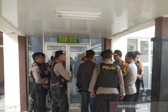 Polisi lumpuhkan pelaku baku tembak di depan Polsek Terbanggi Besar