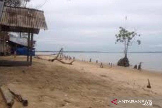 Butuh miliaran rupiah tangani abrasi pesisir Pantai Penajam