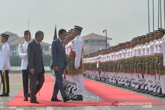 Menlu : Pertemuan Presiden Jokowi - Mahathir bahas tiga isu