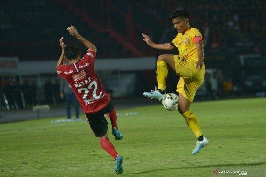 Bali United taklukan Semen Padang 4-1