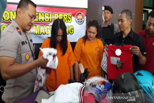 Polres Magelang menahan dua perempuan pencuri pakaian di mal