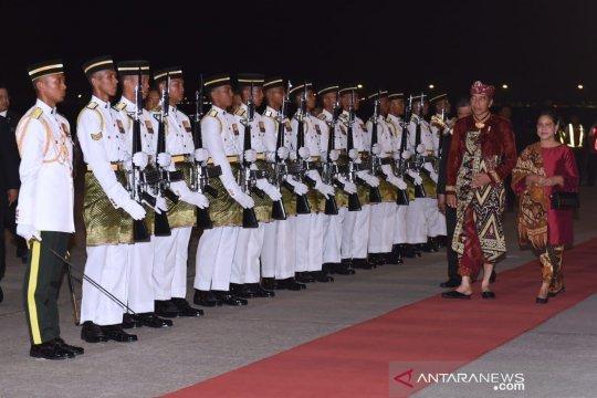 Presiden disambut upacara resmi di Putrajaya oleh PM Malaysia