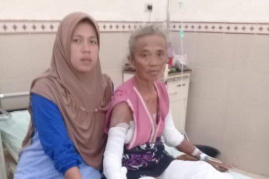 Ma'inah dapat operasi kulit gratis dari Bupati Lampung Timur
