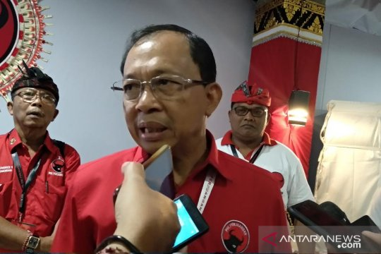 Koster sebut Made Urip jadi contoh kader terbaik PDIP Bali