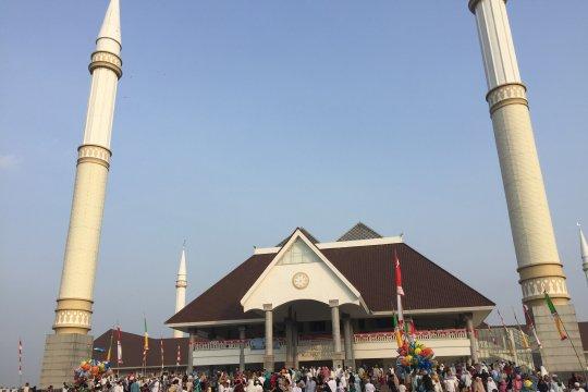 Masjid Hasyim Asy'ari laksanakan pemotongan hewan kurban Senin