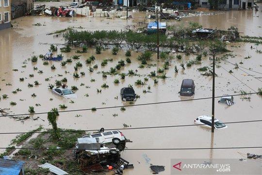 Banjir bandang China tewaskan 14 orang