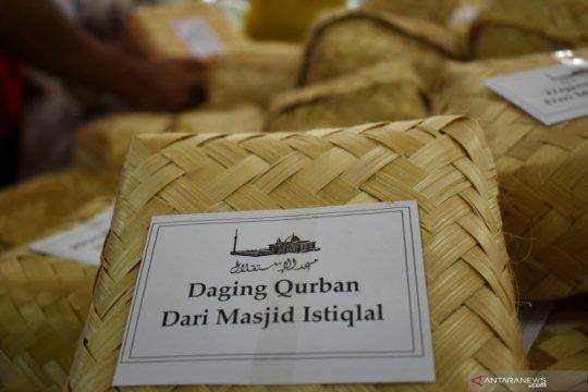 Istiqlal distribusikan daging kurban ke rumah warga cegah COVID-19