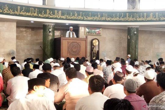 Khatib At Taqwa Rawamangun ingatkan persatuan bangsa