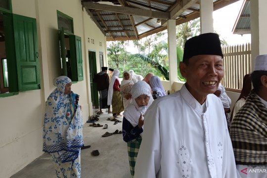Jamaah Syatariah Tanah Datar laksanakan shalat Idul Adha hari ini