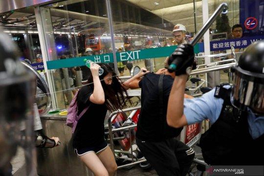 China peringatkan akan tumpas aksi protes di Hong Kong
