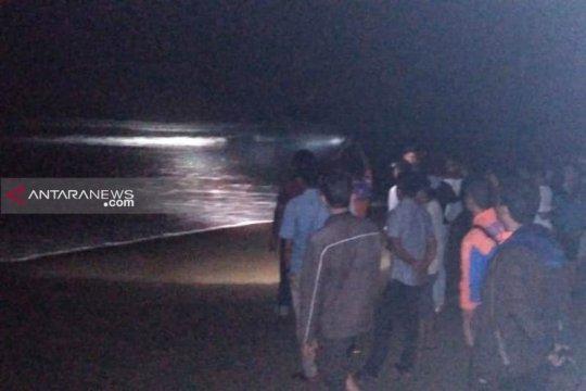 Pekerja PLN asal Palembang hilang terseret arus di laut Aceh Selatan