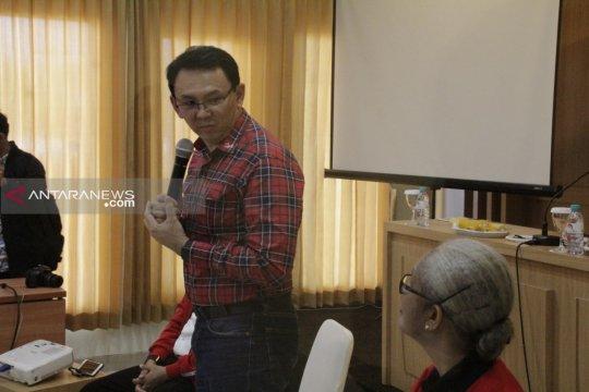 Ahok berdialog dengan tokoh agama dan akademisi di Kupang