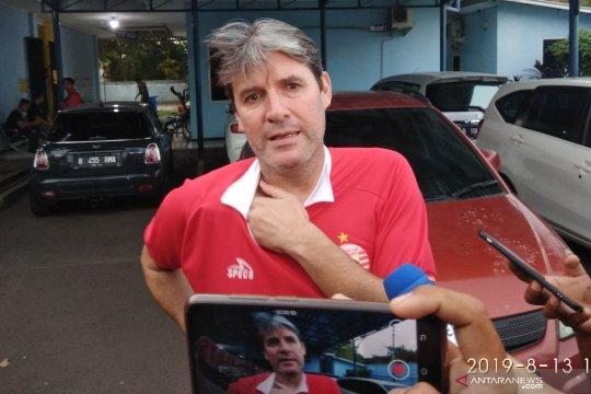 Jika kalah dari PSIS, Persija pecat Julio Banuelos
