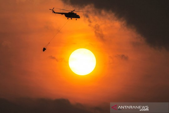 BNPB tambah kekuatan udara padamkan karhutla