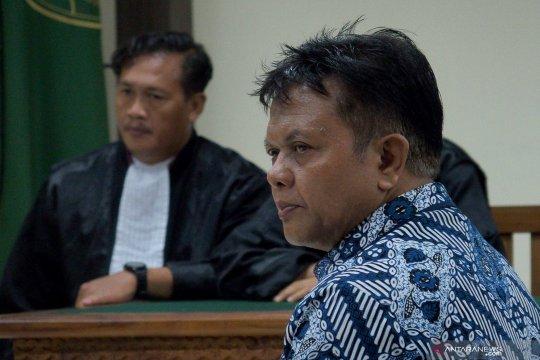 Hakim Lasito meminta mantan Ketua PN Semarang dijadikan tersangka