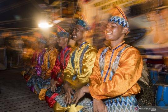 KRI Bima Suci gelar malam kesenian di Manila