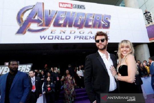 Usai umumkan pisah, Liam Hemsworth bungkam, Miley Cyrus rekaman lagi