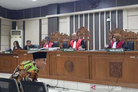 Bupati Jepara dituntut 4 tahun penjara