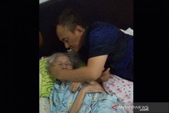 Ibunda Andi Arief berpulang