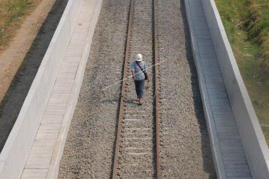 Pembangunan jalur kereta api bandara Adi Soemarmo Page 2 Small