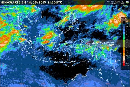 Siklon tropis Laut China Selatan sebabkan Nunukan diguyur hujan