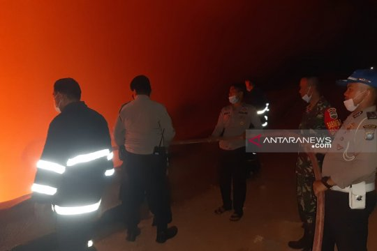 TPA Telaga Punggur Batam terbakar